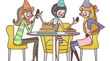 Amigas festejando cumpleaños