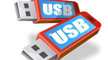 Dos sticks USB rojos