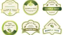 Etiquetas verdes sobre naturaleza