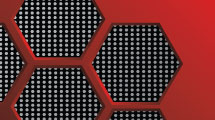 Fondo rojo con hexágonos