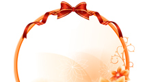 Marcos en tonos naranjas con cinta roja decorativa y flores