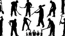 Siluetas de hombres en pleno trabajo